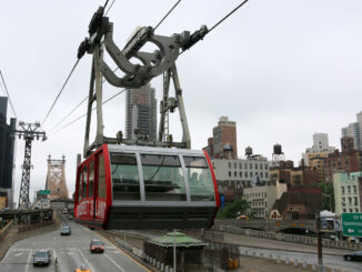 A Roosevelt Island Tramway car pulls into the Manhattan station on May 30, 2016.